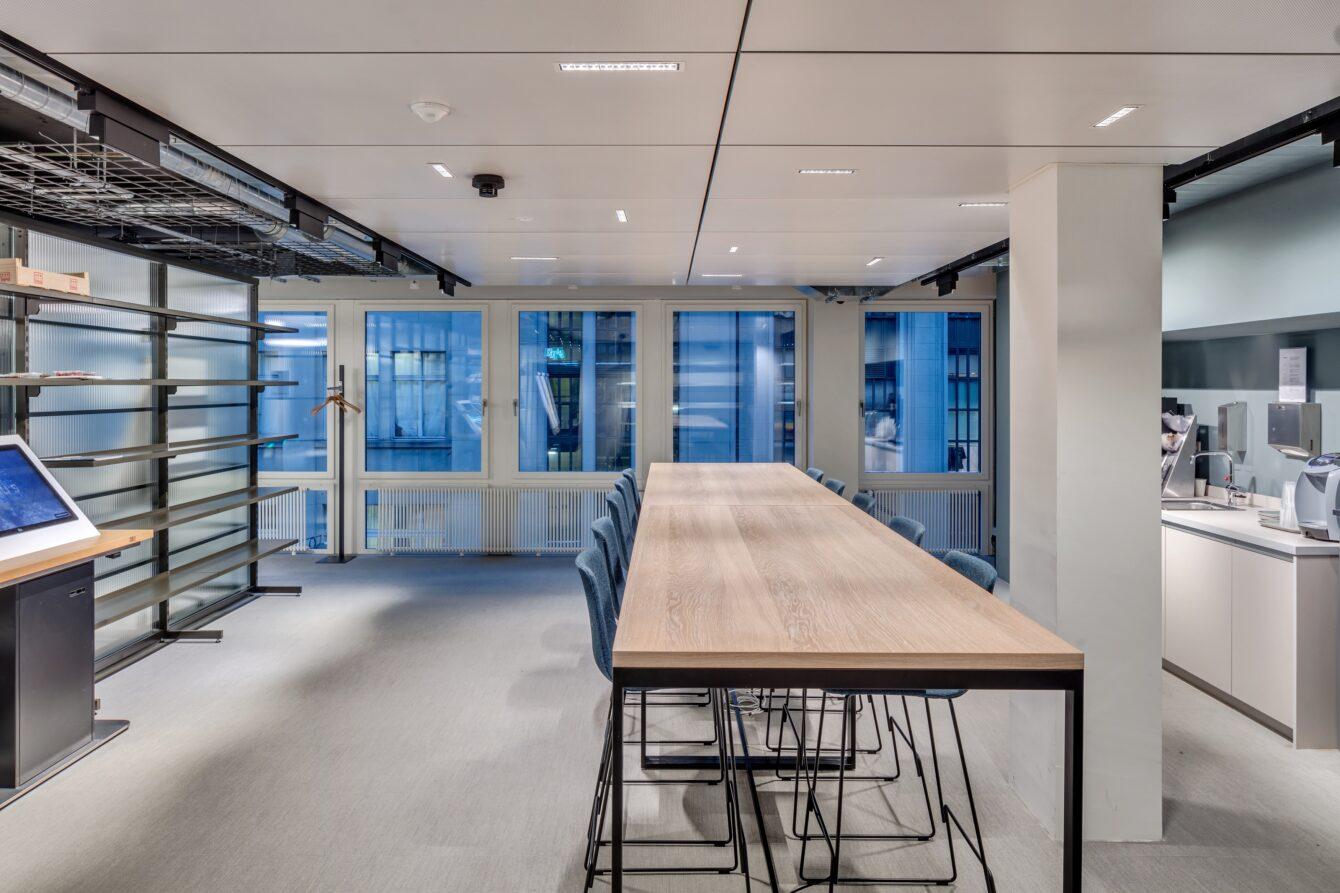 Globus-Offices-City-_2-1340x893