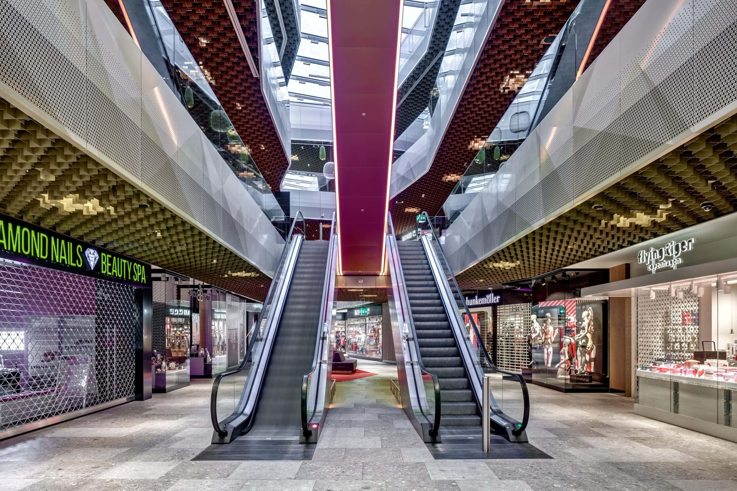 Mall-of-Switzerland_Ebikon_4-1-scaled
