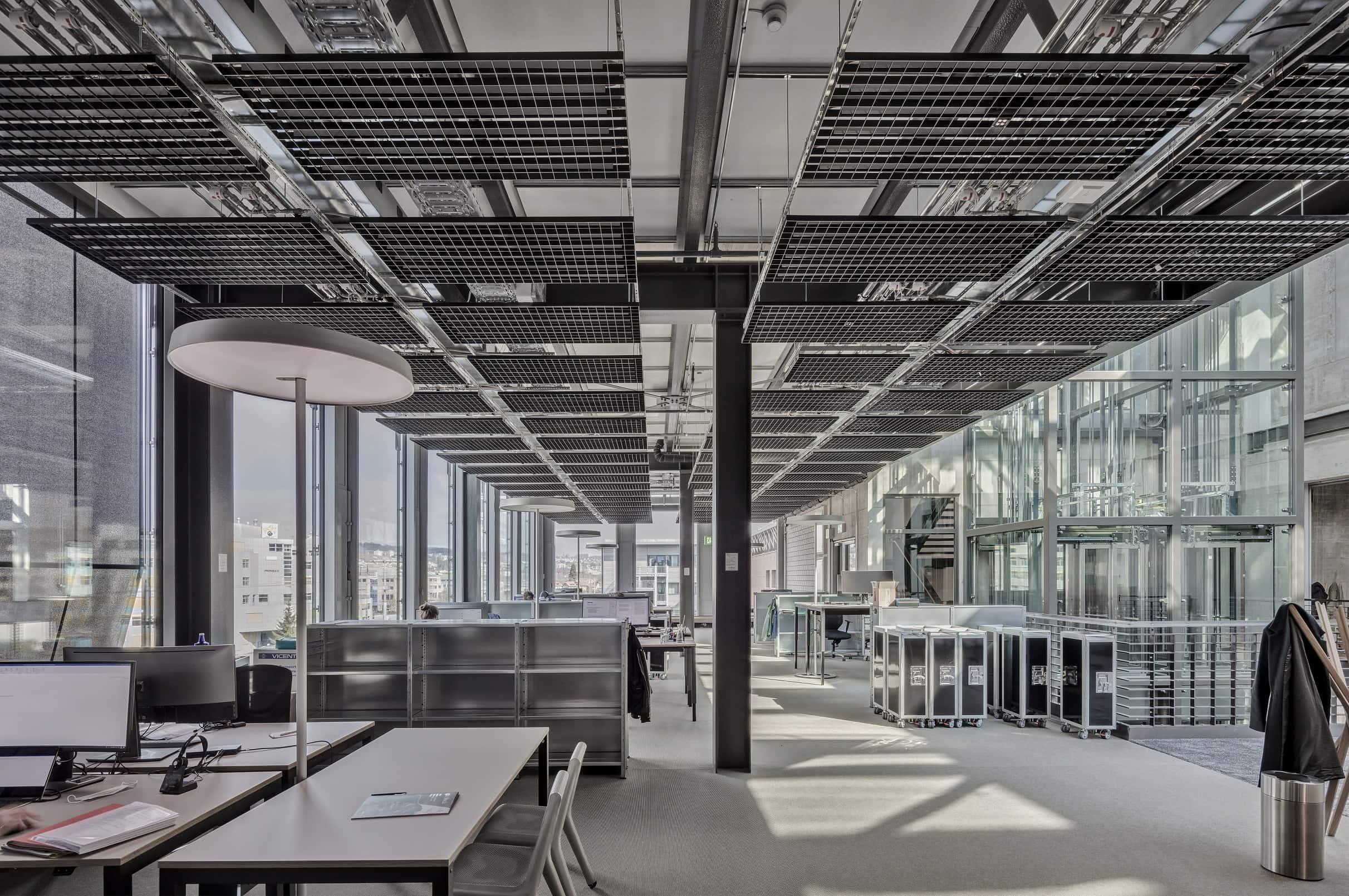 jed-schlieren-halter-offices_©-r